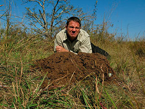 Steve-Backshall-Poo