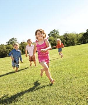 33338_children-running_300
