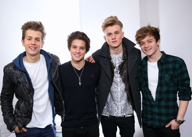 ru-0-r-6400-n-1035301NM8I_the_vamps (1)