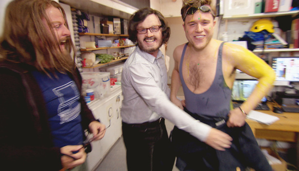 uktv-olly-murs-saturday-night-life-takeaway-prank-5