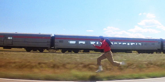 Superman_man-of-steel_train-run