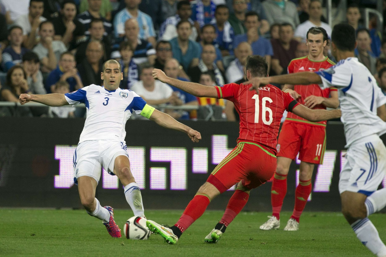 Wales-V-Israel-UEFA-Euro-2016-Qualifier