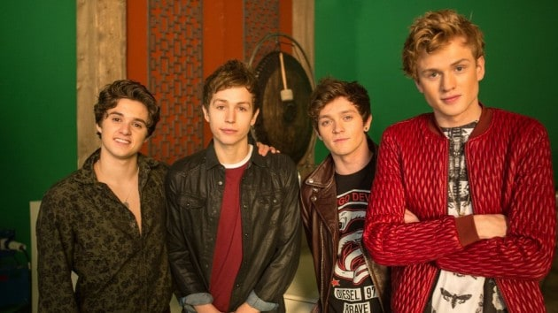 the-vamps-are-kung-fu-fighting-01
