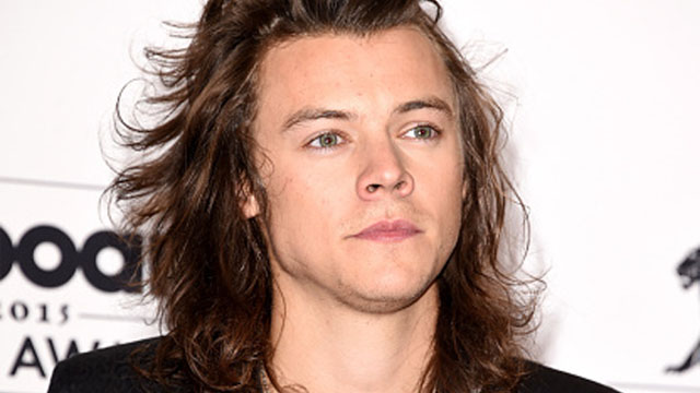 640_harry_styles_face_closeup