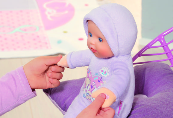 822517 my little BABY born Hold My hands doll (1)