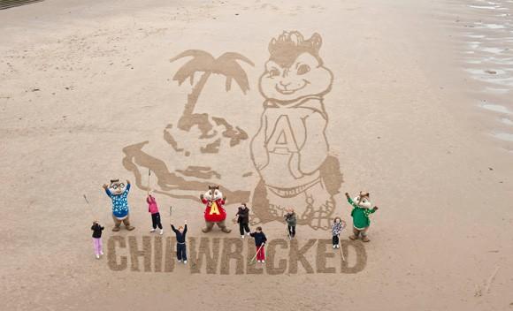 Giant-Sand-Art-7