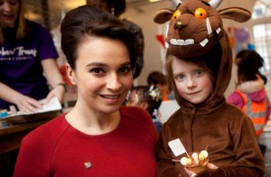 Celebrity Chef and Axel Schleffer give artistic Gruffalo baking