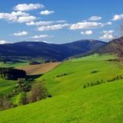 czech-rolling_hills_of_kralicky_1183_400_400_1