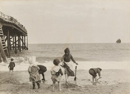 victorians-at-the-seaside